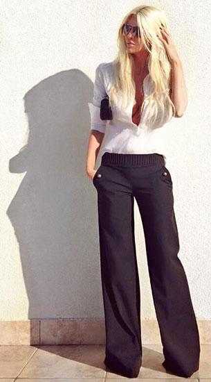 กางเกงขาบานสีดำ, เสื้อเชิ้ตสีขาว