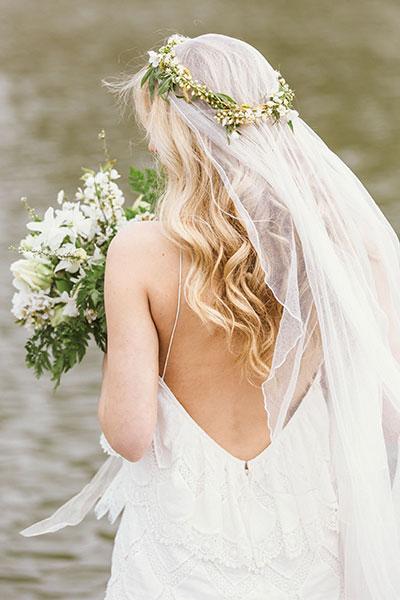ทรงผมแต่งงาน มงกุฎดอกไม้