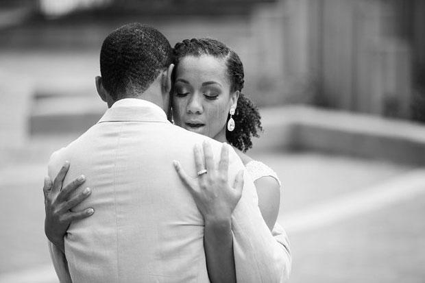 ภาพคู่แต่งงานโรแมนติก