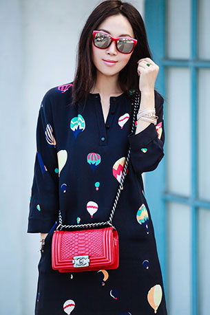 กระเป๋า Chanel Boy สีชมพู