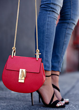 กระเป๋า Chloe Drew สีแดง