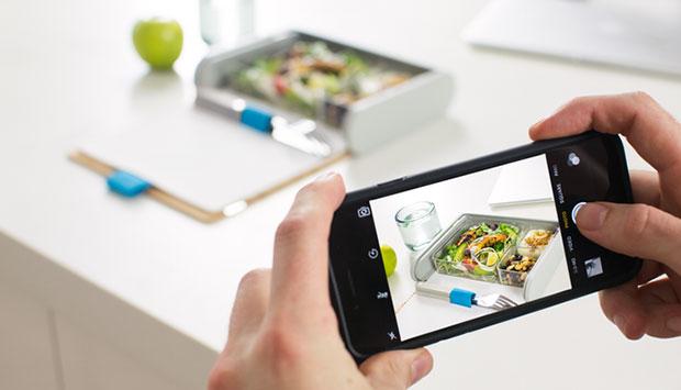 กล่องข้าวพร้อมแอพสูตรอาหาร