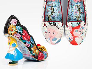 รองเท้าด้วยแรงบันดาลใจจากการ์ตูนเรื่องอลิซในดินแดนมหัศจรรย์