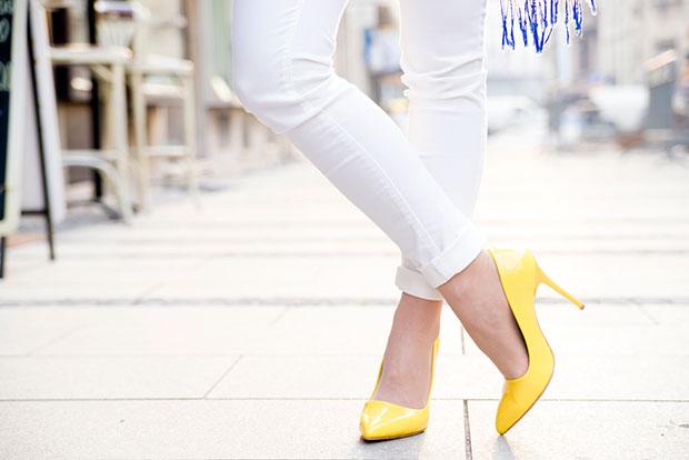 รองเท้าเปลี่ยนเสื้อผ้าสุดเชยให้เป็นเสื้อผ้าสุดเก๋
