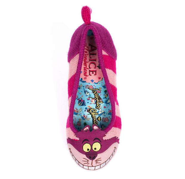 รองเท้าแมวเชสเชอร์