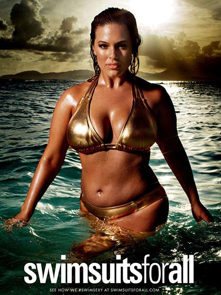 เปิดตัวนางแบบชุดว่ายน้ำรุ่นเก๋าที่สุดในนิตยสาร Sports Illustrated