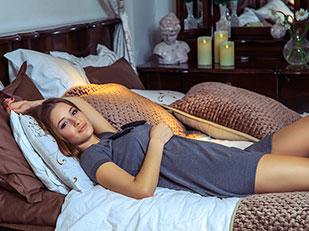 กิจกรรมก่อนนอนที่ดีต่อสุขภาพแทนที่จะเอาแต่จ้องหน้าจอโทรศัพท์