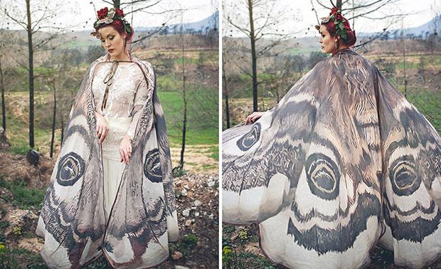 ผ้าพันคอปีกผีเสื้อแสนสวยนี้จะทำให้คุณดูราวกับว่ามีปีกจริงๆ
