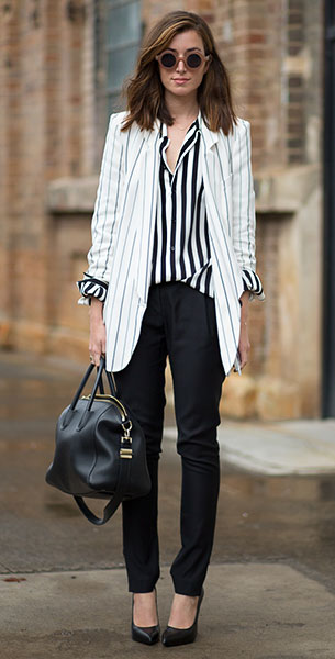 เสื้อสูทลายทาง, เสื้อเชิ้ตลายทาง, กางเกงดำ