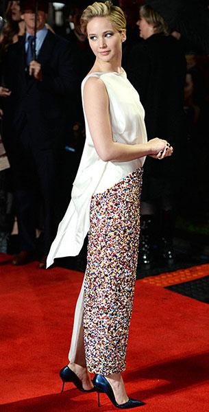 Jennifer Lawrence รองเท้า Kurt Geiger