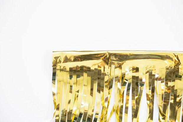 ทำฉากหลังสีทอง
