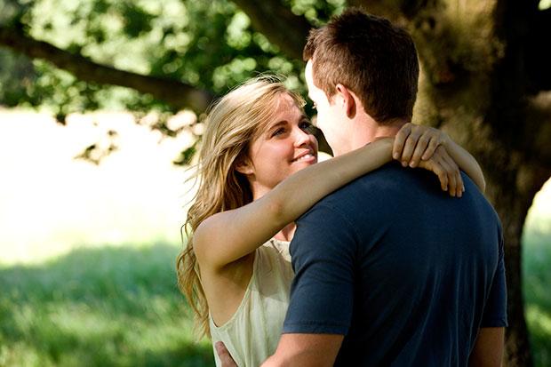 สิ่งในตัวผู้หญิงที่ทำให้ผู้ชายตกหลุมรักตั้งแต่แรกเห็น