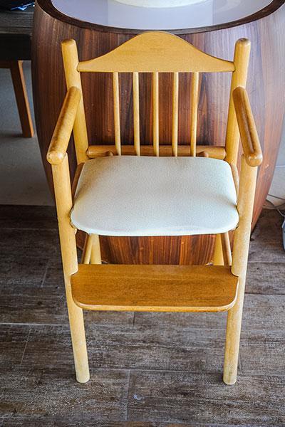 เก้าอี้ทานอาหารสำหรับเด็ก แพทย์ฉุกเฉินปฏิเสธที่จะมีไว้ในบ้าน