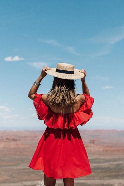 เลือกหมวกใบสวย เคล็ดลับสำหรับสาวๆที่ไม่ชอบแต่งหน้าทำผม