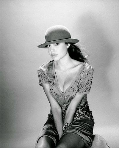Angelina Jolie อายุ 15