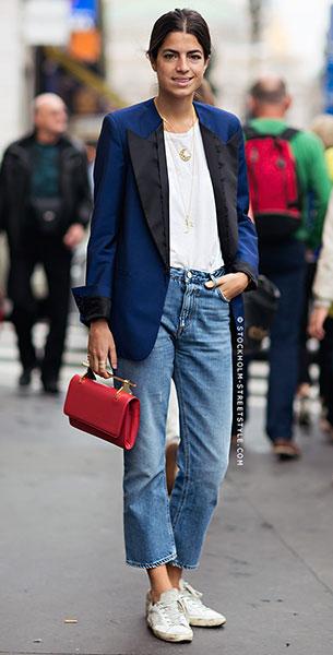 Cropped Jeans, เสื้อยืดสีขาว, เสื้อสูทสีน้ำเงิน