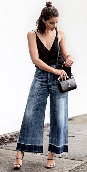 Cropped Jeans Citizens of Humanity, เสื้อสายเดี่ยว J Brand, รองเท้าส้นสูง Mode Collective, กระเป๋า Givenchy