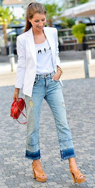 Cropped Jeans J Brand, เสื้อกล้ามสีขาว Stefanel, เสื้อสูทสีขาว Zara, รองเท้า L'Autre Chose, กระเป๋า Valentino