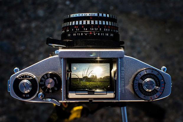 รูปจากช่องมองภาพของกล้องอนาล็อก