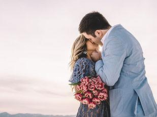 การขอแต่งงานที่แสนอบอุ่นและสะกดทุกอารมณ์