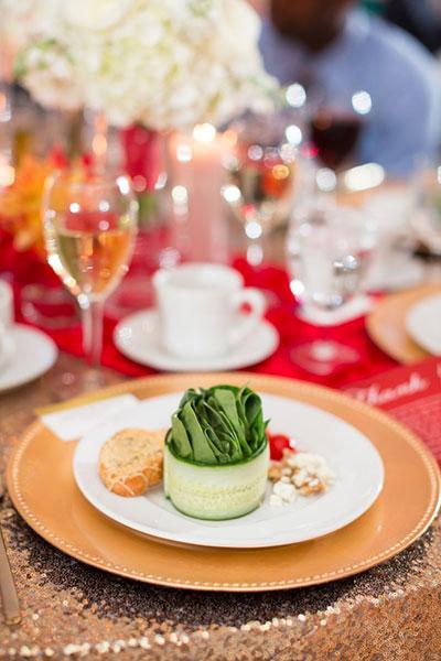 การแต่งงานสไตล์วิสคอนซิน ช่อดอกไม้ อาหาร