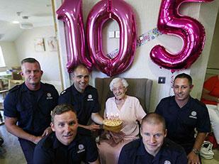 คำอธิษฐานในวันเกิดครบ 105 ปีของคุณย่า