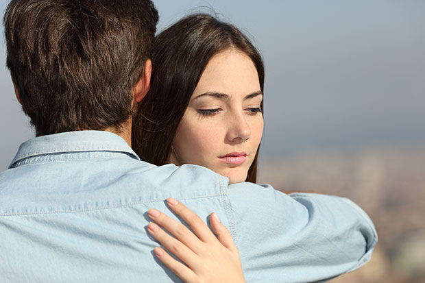 เหตุใดผู้หญิงจึงทิ้งผู้ชายที่ตัวเองรัก