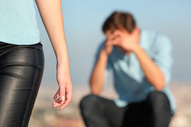 เหตุใดผู้หญิงจึงทิ้งผู้ชายที่เธอรัก