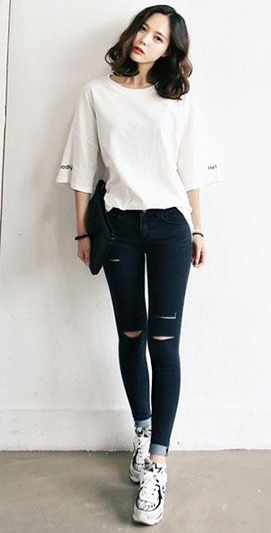 แฟชั่นสไตล์สาวเกาหลี, เสื้อสีขาว, กางเกงยีนส์