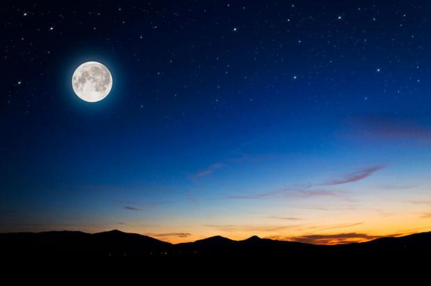 ดวงจันทร์มีอิทธิพลต่อประจำเดือนของผู้หญิงหรือไม่