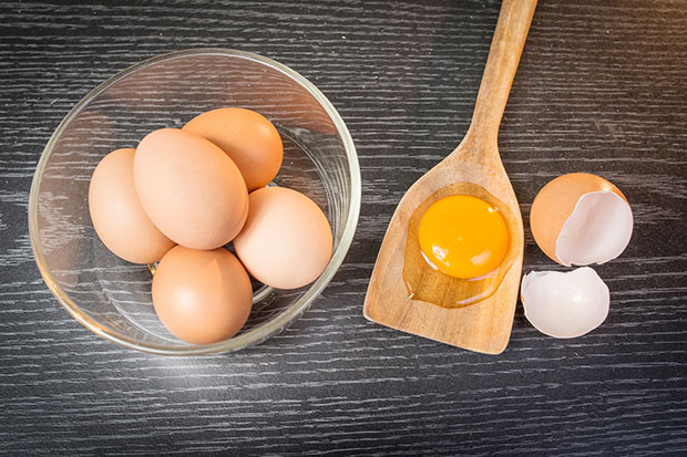 วิธีสังเกตและคัดเลือกไข่คุณภาพดีที่สุด