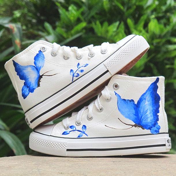 วิธี DIY รองเท้าแบบง่ายๆด้วยสี