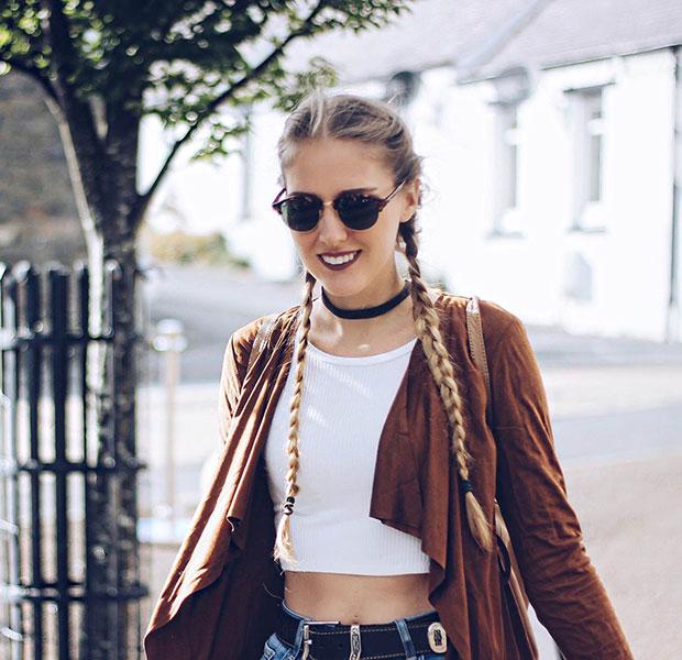 เสื้อคลุม iClothing, เสื้อ Bubble, กางเกงยีนส์ Zara, กระเป๋าเป้ La Redoute, รองเท้าบู๊ท La Redoute