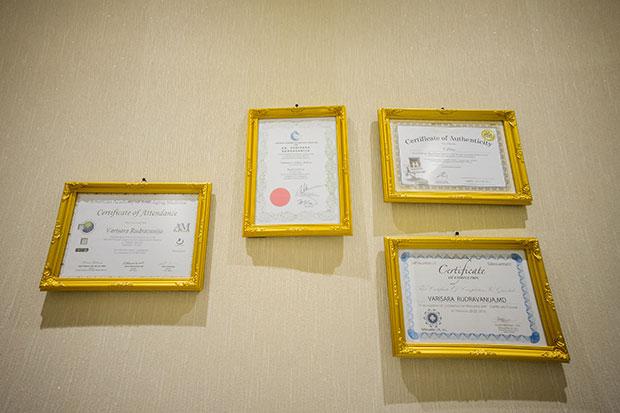 บริการทรีทเมนต์ Ultherapy ประกาศนียบัตร Certificate of Authenticity