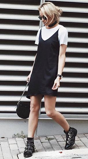 เดรสสีดำ, เสื้อยืดสีขาว