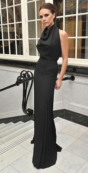 เสื้อผ้าเน้นทรวดทรง Victoria Beckham
