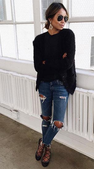 เสื้อสีดำ, กางเกงยีนส์