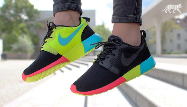 รองเท้า NIKE Roshe Run สีเขียวฟ้าชมพูนีออน