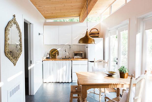วิธีจัดระเบียบห้องครัวโดยไม่ง้อตู้เก็บของ