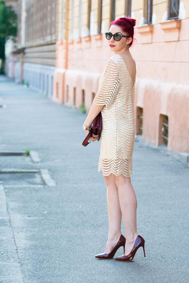 เดรส OASAP, รองเท้า Shein, กระเป๋า Choies, แว่นตากันแดด Dior, นาฬิกา Michael Kors