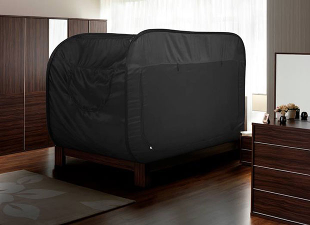 เต็นท์ที่สามารถนำไปติดกับเตียงได้