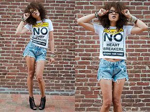 กางเกงขาสสั้น Zara, เสื้อยืด Zara, รองเท้าส้นสูง Charlotte Russe