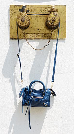 กระเป๋า Balenciaga Classic Gold Nano City
