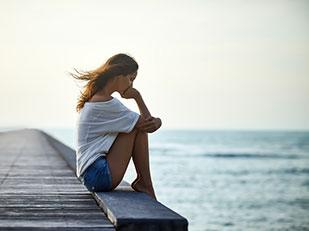 ความเจ็บปวดของผู้หญิงช้ำรักเมื่อคนรักเก่าหมดสิ้นเยื่อใยต่อเธอ