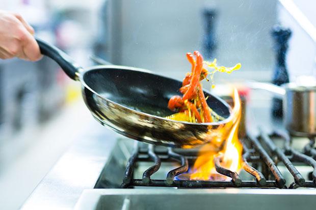น้ำมันมะกอกและอาหารไทย