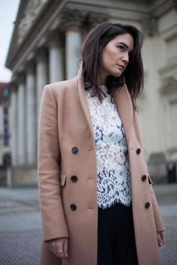 เสื้อโค้ท Ivy&Oak, เสื้อ Ivy&Oak, รองเท้า Zign, กางเกง Zara