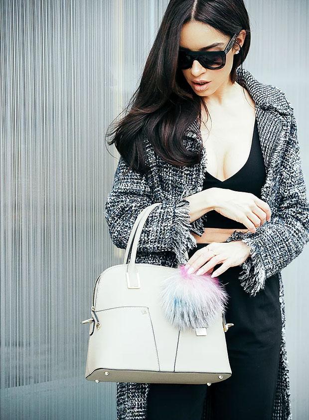 เสื้อโค้ท Zara, เสื้อ Zara, กางเกง H&M, รองเท้าส้นสูง Zara, กระเป๋า Cocovann, แว่นตากันแดด Céline