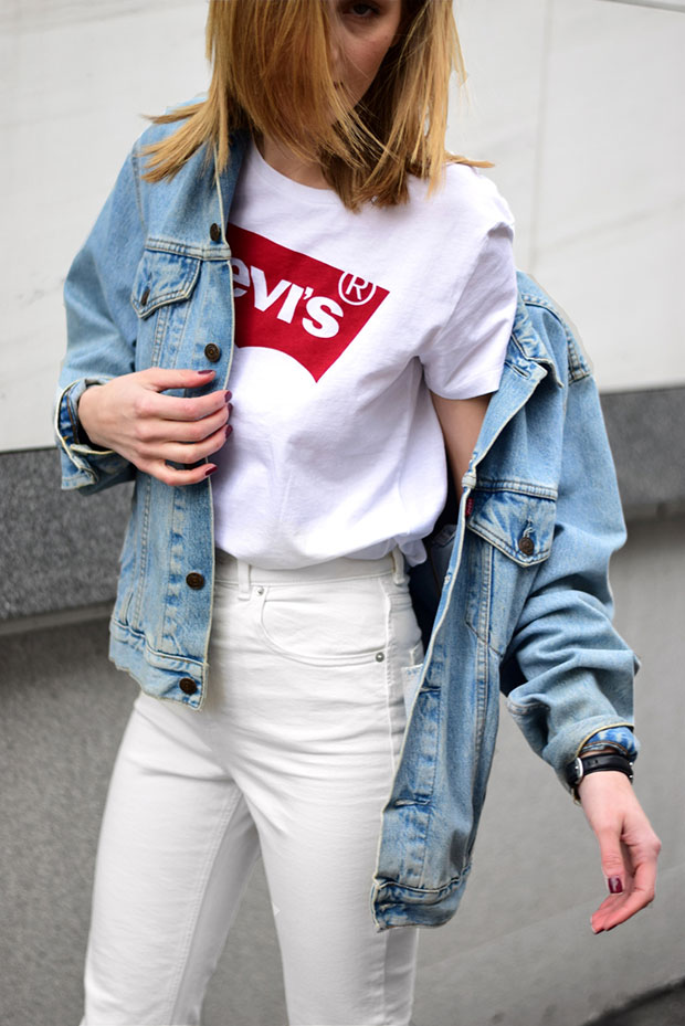 แจ็คเก็ต Levi's, เสื้อ Levi's, กางเกงยีนส์ Asos, รองเท้า Vans Atwood Deluxe