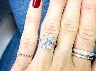 แหวนหมั้นที่กำลังจะดังไปทั่วเมือง