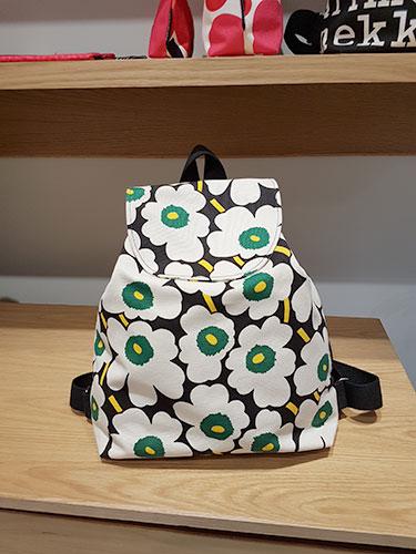 กระเป๋า Marimekko ลดราคา เอ็มโพเรียม